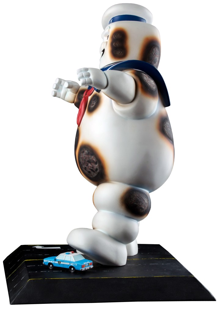 IKO0783--Ghostbusters-Staypuft-Statue-Burnt-VariantB